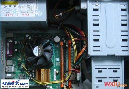 硬盤電源接口虛焊