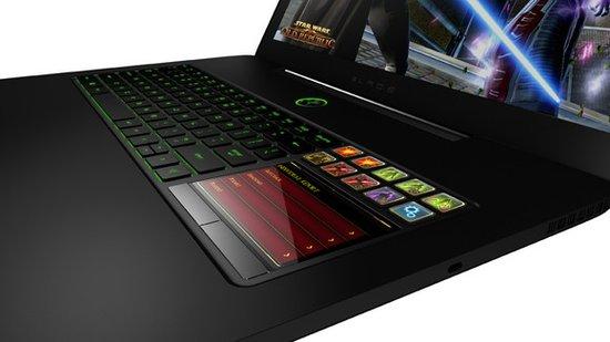 雷蛇17寸游戲本Blade Pro上手 液晶觸摸板出色